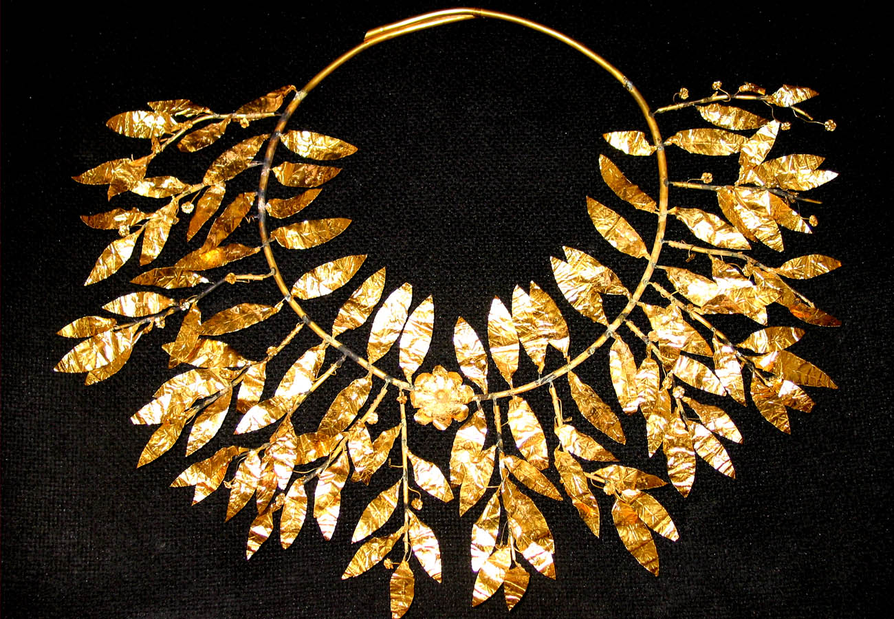 Gold myrtle wreath inspired from the wreaths given as an award in the music contests in ancient Athens, 4th-5th century BC