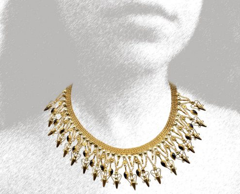 22k gold necklace with chain strap decorated with rosettes, precious stones and accessories with pottery designs